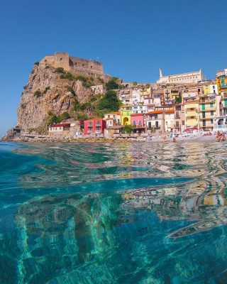 Scilla ❤ Italy Congrats ssandri__ Scilla is a town and comune in Calabria, Italy, administratively part of the Metropolitan City of Reggio Calabria. It is the traditional site of the sea monster Scylla of Greek mythology.😍🇮🇹 Use #map_of_Italy #map_of_europe